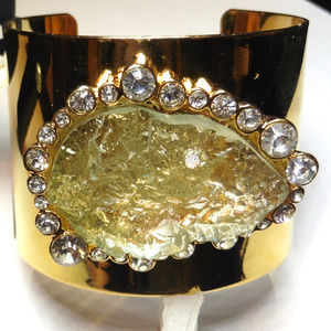 KARA ROSS Goldtone ladies Cuff bracelet Druzy